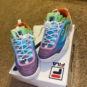 Size 9 Women Fila shoes .